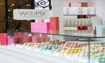 Macarons & Cookles byWoops